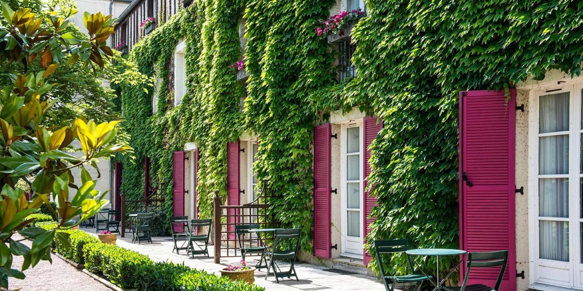 Manoir-de-Gressy-hotel-03