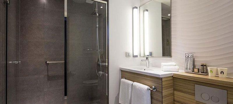 Développement hôtelier - Campanile Le Mans Gare TGV - salle de bain