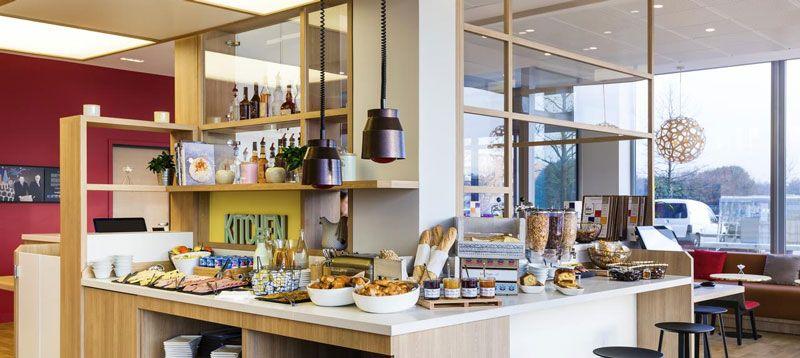 Développement hôtelier - Ibis Styles Guyancourt - buffet